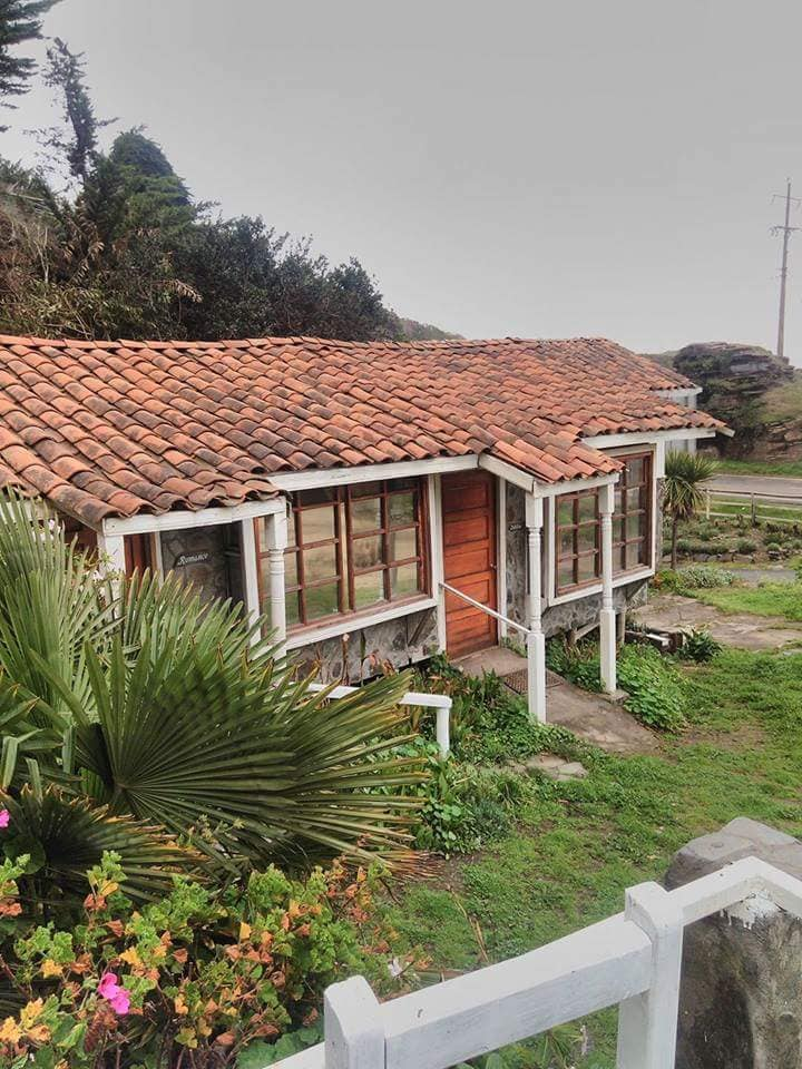 Hotel de piedra entre Pelluhue y Curanipe 2
